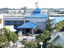 waterfront-plaza
